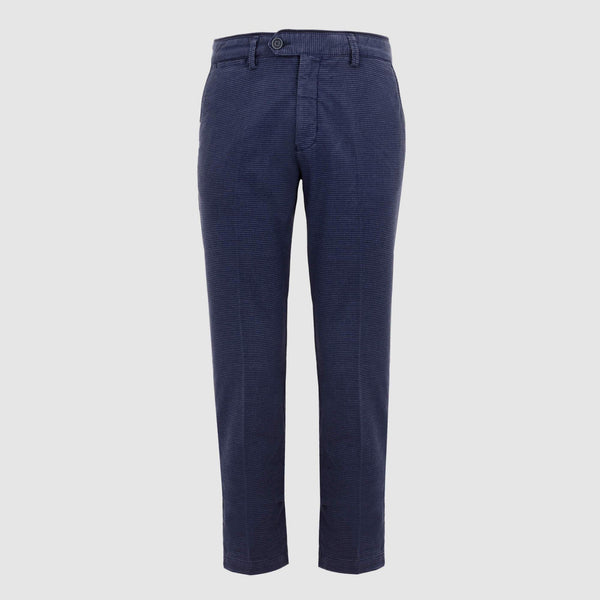 Pantalón chino con micro estampado regular fit 921014/60