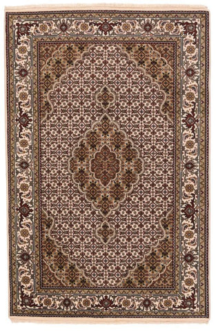 Turkish Oushak Design Hand Woven Wool Rug - 6' X 9'