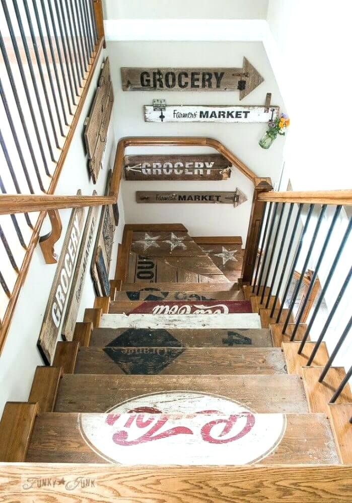 Cool Stairway Decorating Ideas