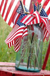 Decorate for 4th of July with Mason Jars