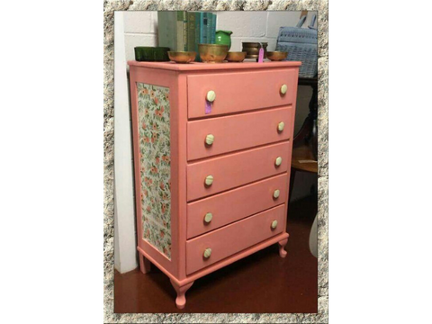 Image of Dixie Belle Flamingo Chalk Mineral Paint - FREE BRUSH!