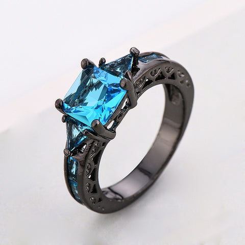 TDUnique  Cubic Zirconia Dragon Stone ring