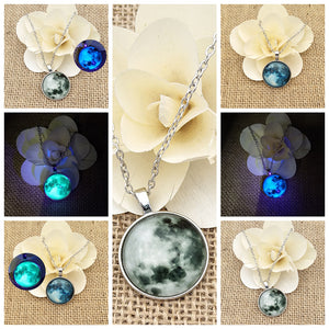 Glowing MOON love Pendent Necklace Christmas Gift WNE9851