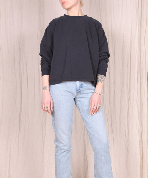 Jungmaven-Cropped Long Sleeve Tee // Black