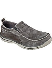SKECHERS Mens Relaxed Fit Elected