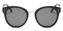Eleanor Round Sunglasses – Sunglasses women - Sunglasses for your face shape - sunglasses women 2020 trend - sunglasses that give back to charity - vintage sunglasses - aesthetic