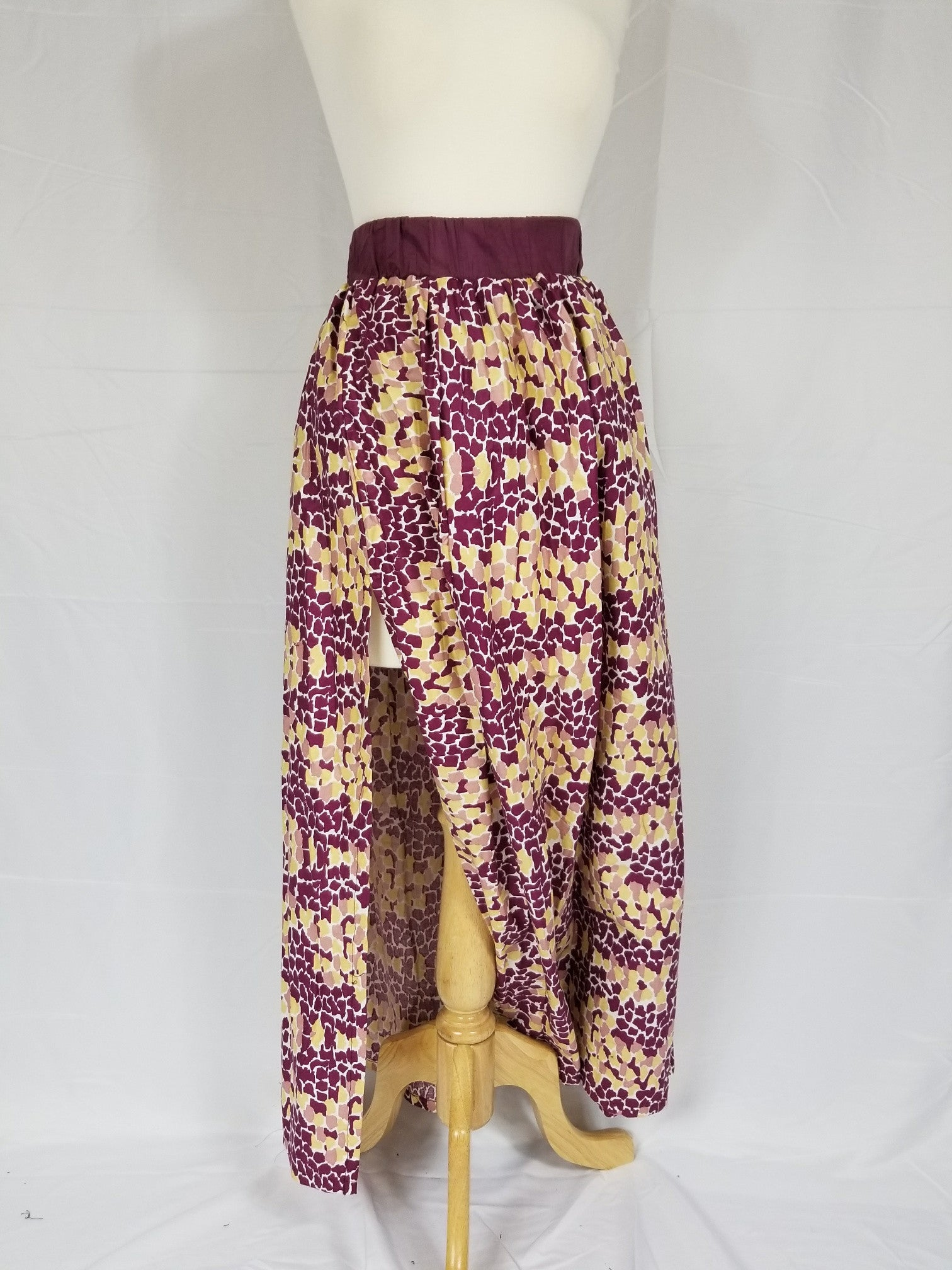 RAYA Ankara maxi skirt with slit and inside pockets (Magenta and Gold)