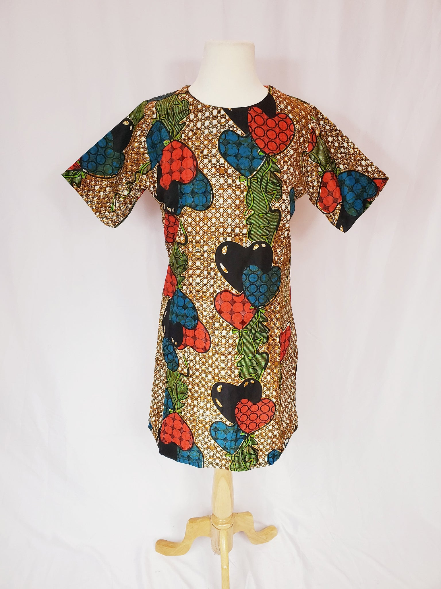 BELLA shift dress (Brown with colored hearts)