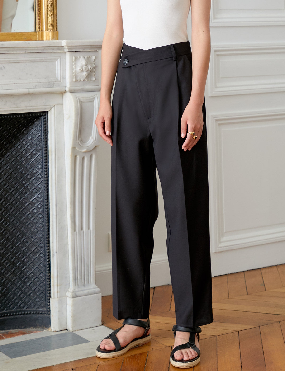 Black Crossover Pant