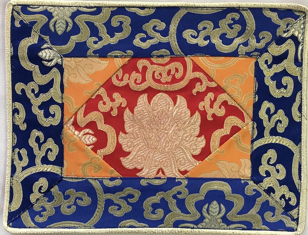 shrine cloth