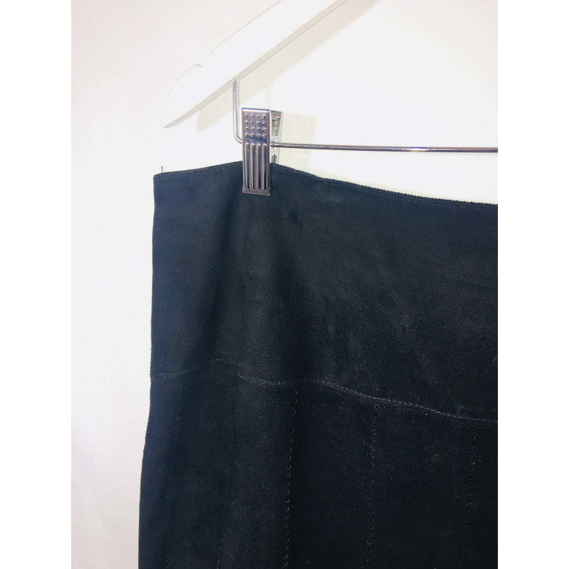 Dana Buchman Black Size 14 Women's Skirt - colletteconsignment.com
