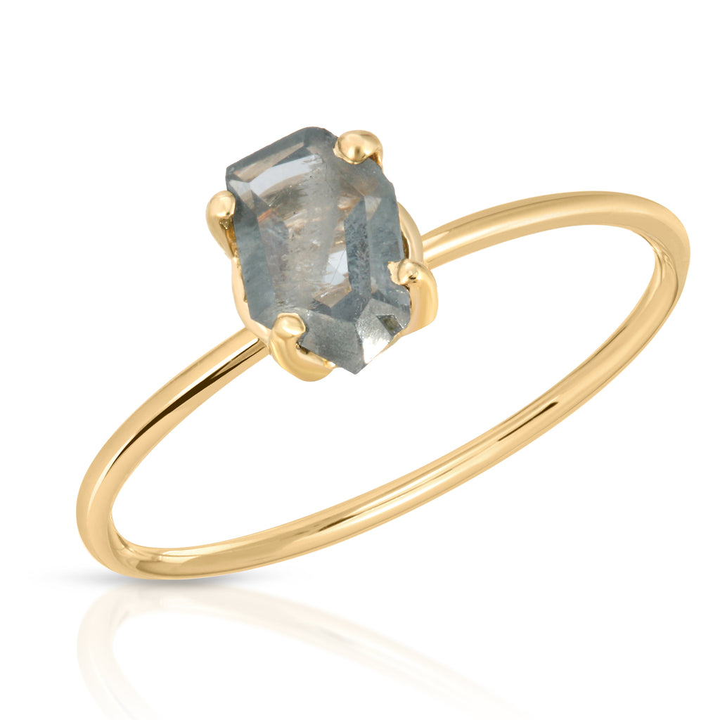 Grey-Blue Spinel Ring