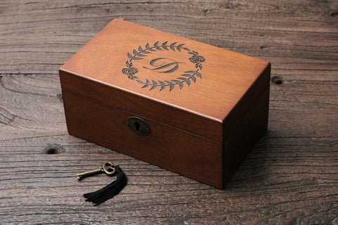 Personalized Men's Watch Box, Custom Wood Watch Box, Monogram Initial