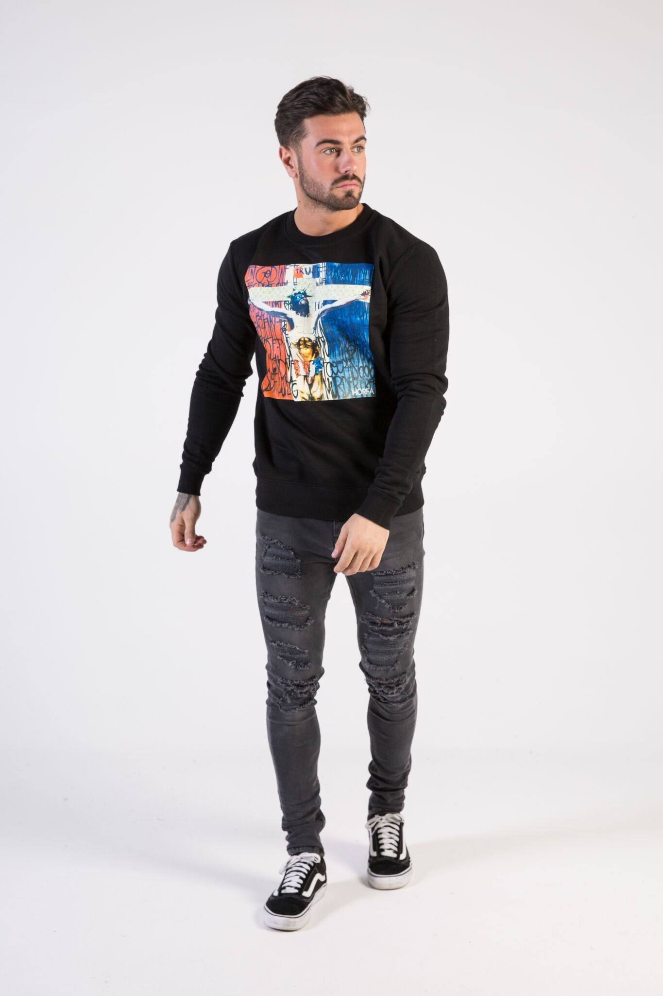 F**K Religion Sweatshirt - HÖRFA is a men's global fashion brand that provides products such as Fashionable Watches, Wallets, Sunglasses, Belts, Beard and Male Grooming Products