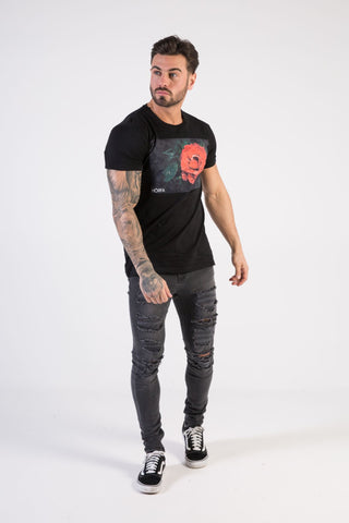 Stylish menswear that is great for any occasions, the rose tee is the ultimate shirt styled to impress the ladies.