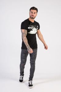 GIRLS Muscle Fit T-Shirt - HÖRFA is a men's global fashion brand that provides products such as Fashionable Watches, Wallets, Sunglasses, Belts, Beard and Male Grooming Products