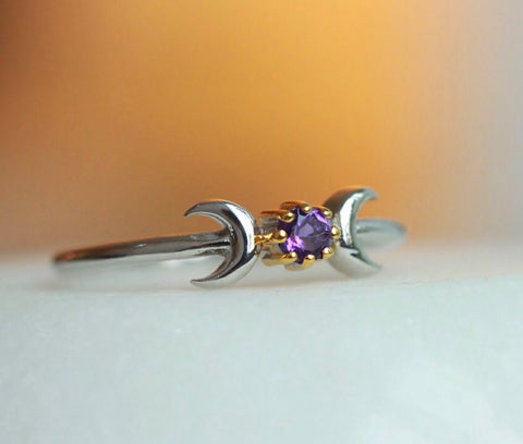 The moon phase ring in amethyst