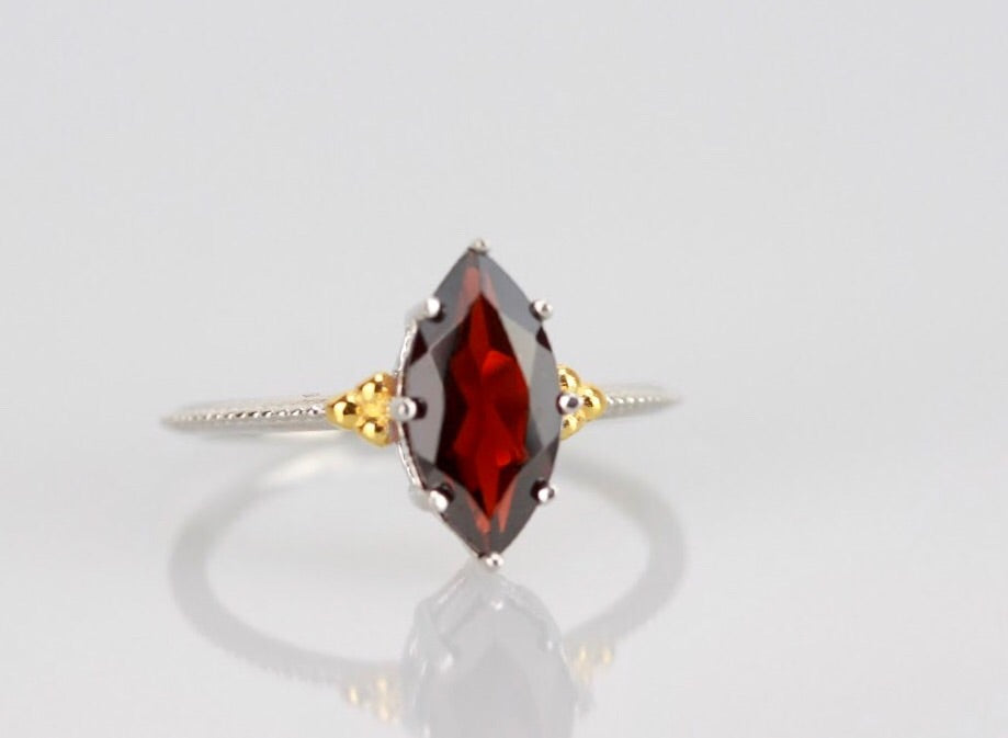 Legendary Navette Ring in Garnet