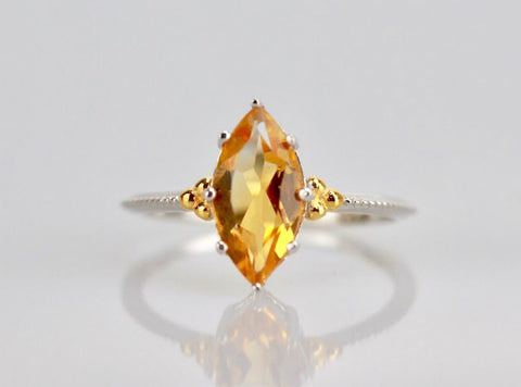 The legendary navette ring in citrine