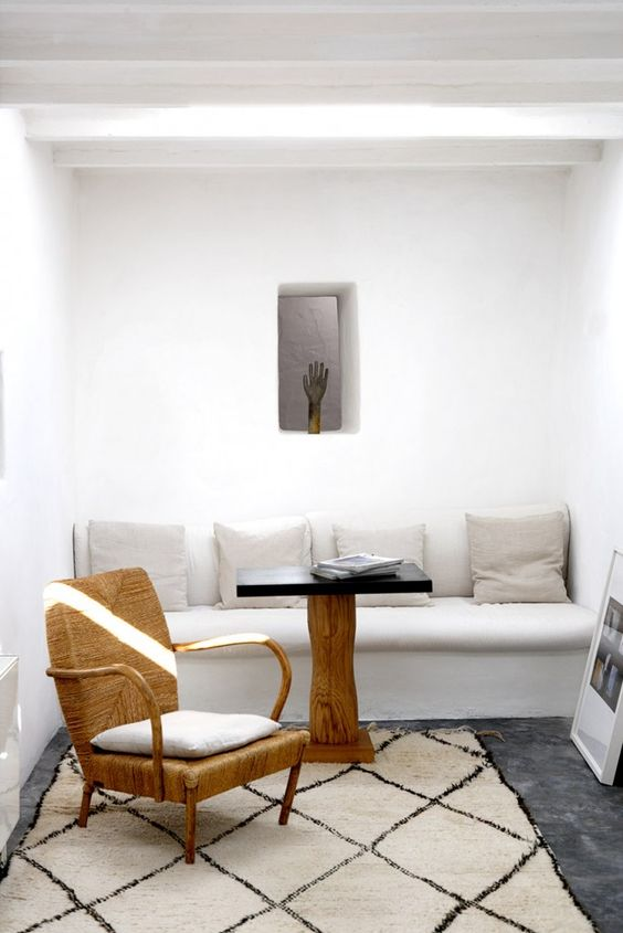 beautiful rooms with beni ourain: even modern Greek minimalism is not complete without a beni ourain