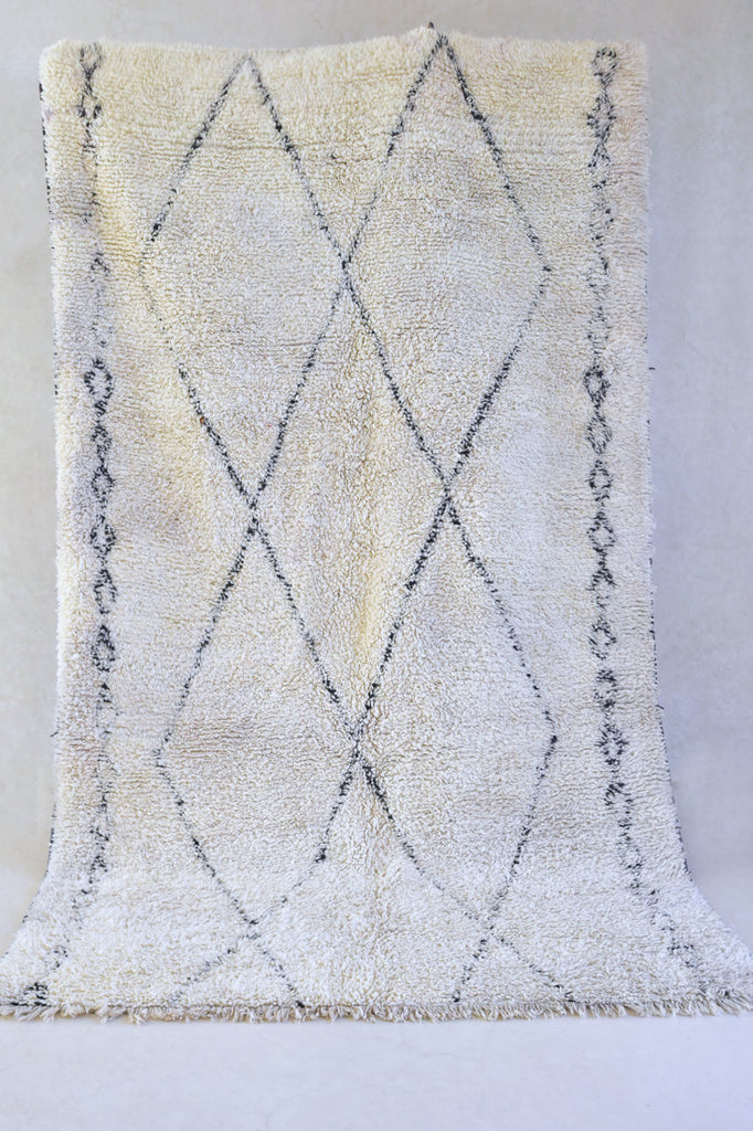 "LACE Beni Ourain 11'7""x6'7"" - Beni ourain, vintage moroccan rug, beni mguild, custom rug - the gardener's house"