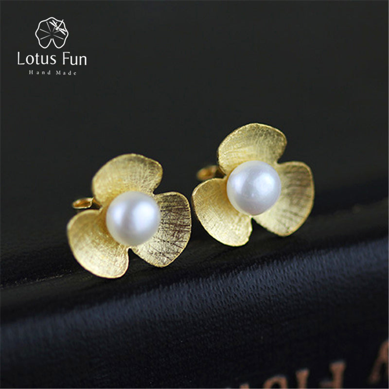 Lotus Fun Real 925 Sterling Silver Natural Pearl Handmade Fine Jewelry Fresh Clover Flower Stud Earrings for Women Brincos