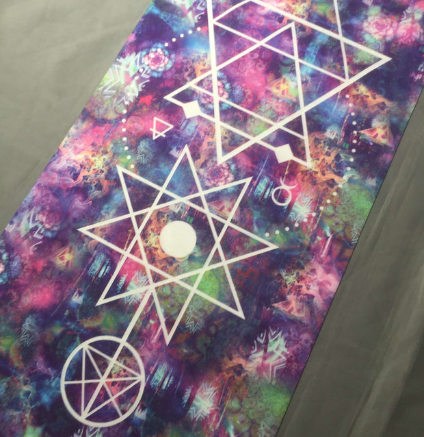 """Fractal Dreams"" - Travel Yoga Mat"
