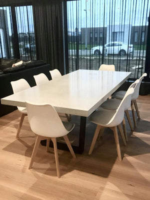 Vallee Dining - UNO Concrete Dining Table