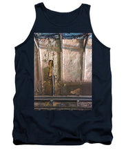 Approaching The Station - Tank Top
