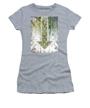 Closely 7 - Women's T-Shirt (Athletic Fit)