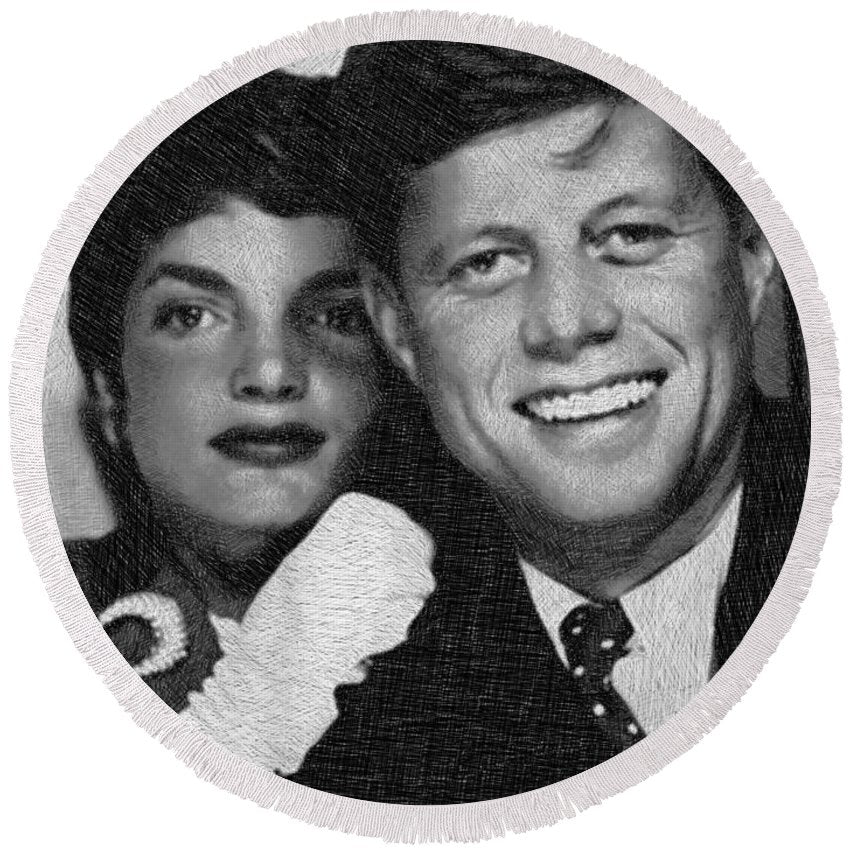 John F Kennedy And Jackie - Round Beach Towel