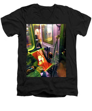 Painting On The New York City Subway - Men's V-Neck T-Shirt