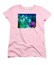 Sculpture Underwater With Bright Fish Painting Musa - Women's T-Shirt (Standard Fit)