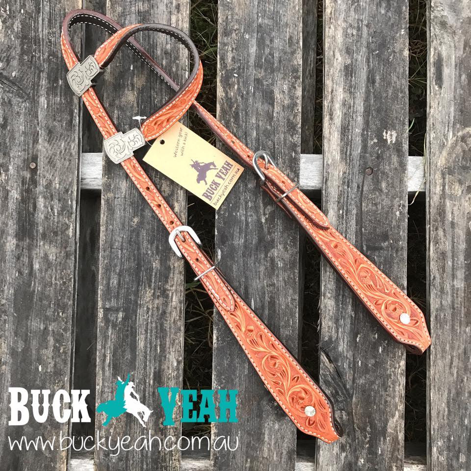 One ear leather bridle