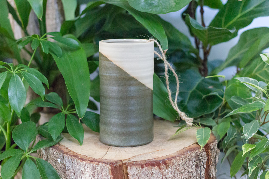 Small Stoneware Vase – The Split