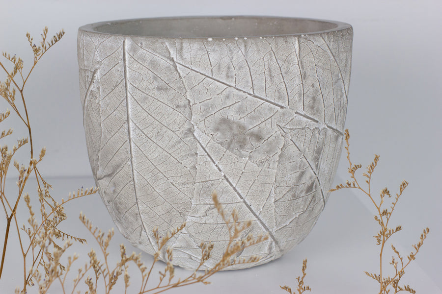 Leaf Edge Pot - Medium