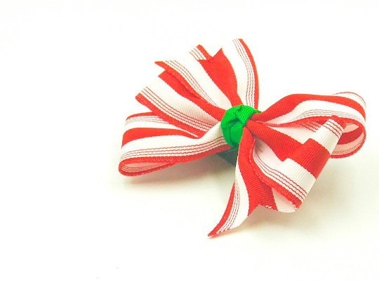 Peppermint Hair Bow - The Enchanted Magnolia