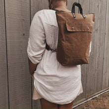 Load image into Gallery viewer, The Devon Convertible Backpack - Copper
