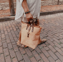Load image into Gallery viewer, Catalina Front Clasp Suede Tote - Peach