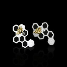 Load image into Gallery viewer, Sterling Silver Bee on Honeycomb Ring & Earring & Pendant Set - Handmade - Tafani's