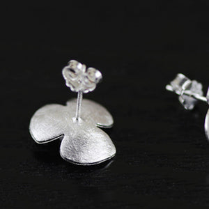 Handmade Sterling Silver Clover Flower Stud Earrings - Pearls - Tafani's