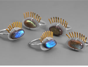 Handmade Sterling Silver Eye Ring - Natural Labradorite - Tafani's