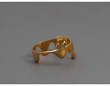 Load image into Gallery viewer, Sterling Silver Honeybee Ring - Handmade - Tafani's