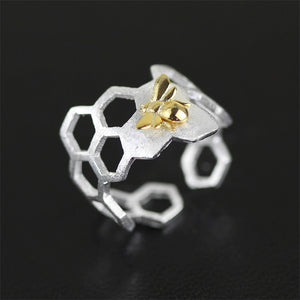 Sterling Silver Bee on Honeycomb Ring & Earring & Pendant Set - Handmade - Tafani's