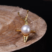 Load image into Gallery viewer, Handmade Sterling Silver Snail Ring - Natural Pearl - Tafani's