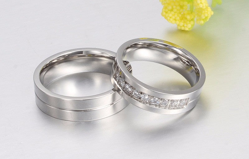 KISS MANDY Silver Bridal Bands for Women Men Couple Ring Stainless Steel Wedding Jewelry KR213
