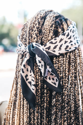 Black and White Triangle Scarf