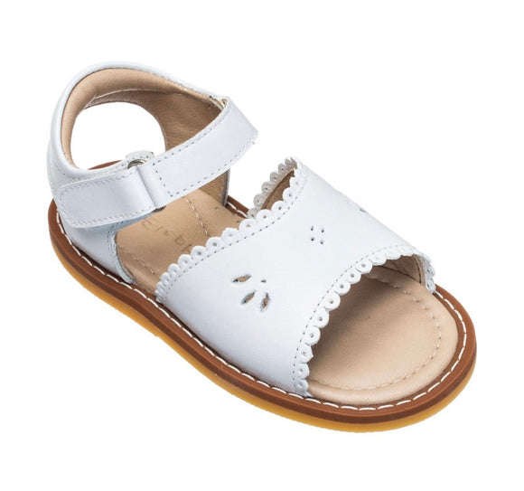 Classic Sandal With Scallop - Leather White (TBB38)