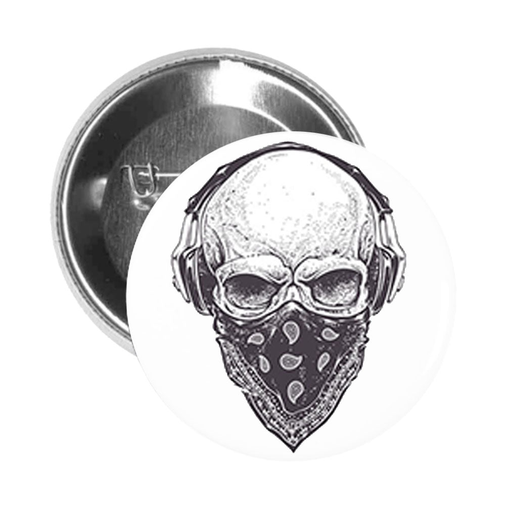 Round Pinback Button Pin Brooch Scary Detailed Gangster Skull (2)