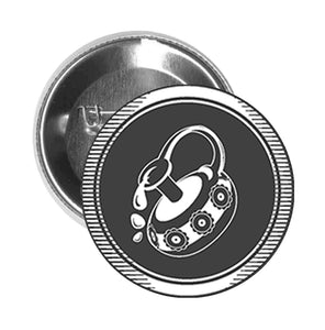Round Pinback Button Pin Brooch Simple Black and White Zodiac Sign Icon - Aquarius